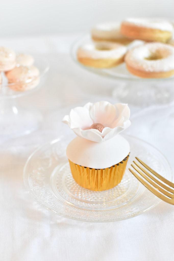 gateau mariage var wedding cake provence cupcake fleuri