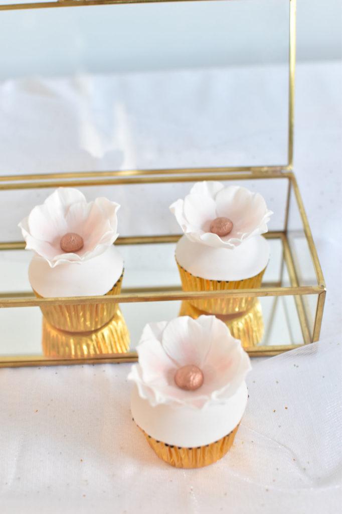 gateau mariage var wedding cake provence cupcakes fleuris
